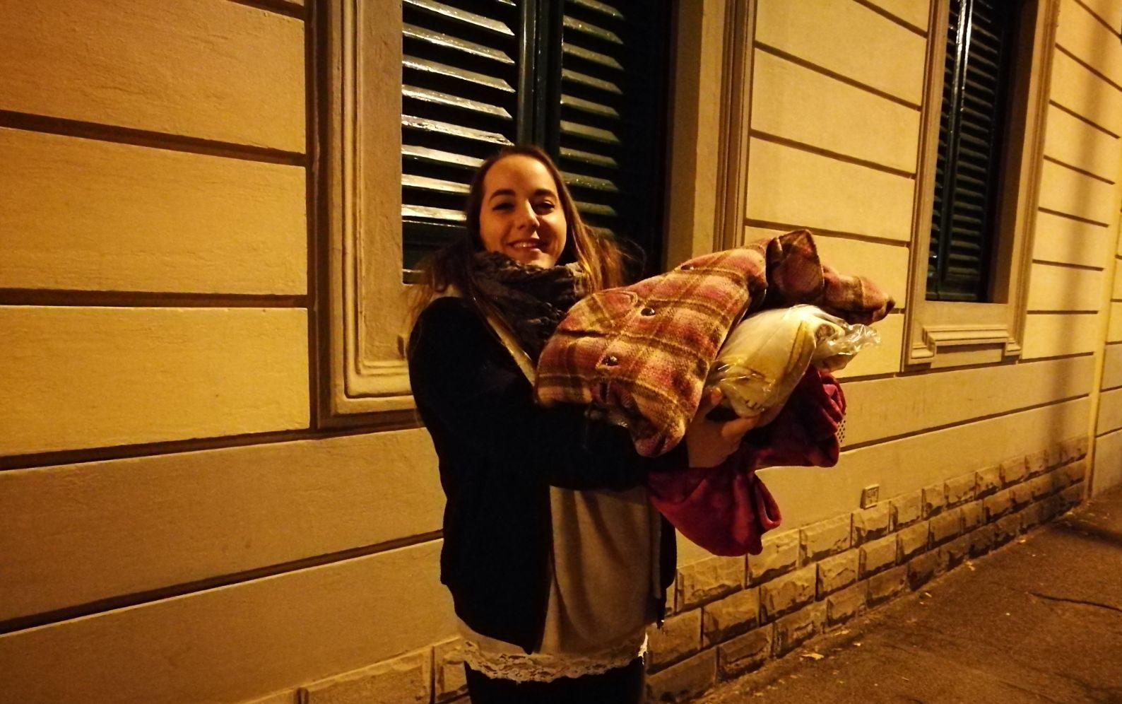 Sara Innocenti, la giovanissima ed energica fondatrice del gruppo 'Aiutiamo i senzatetto a Firenze'