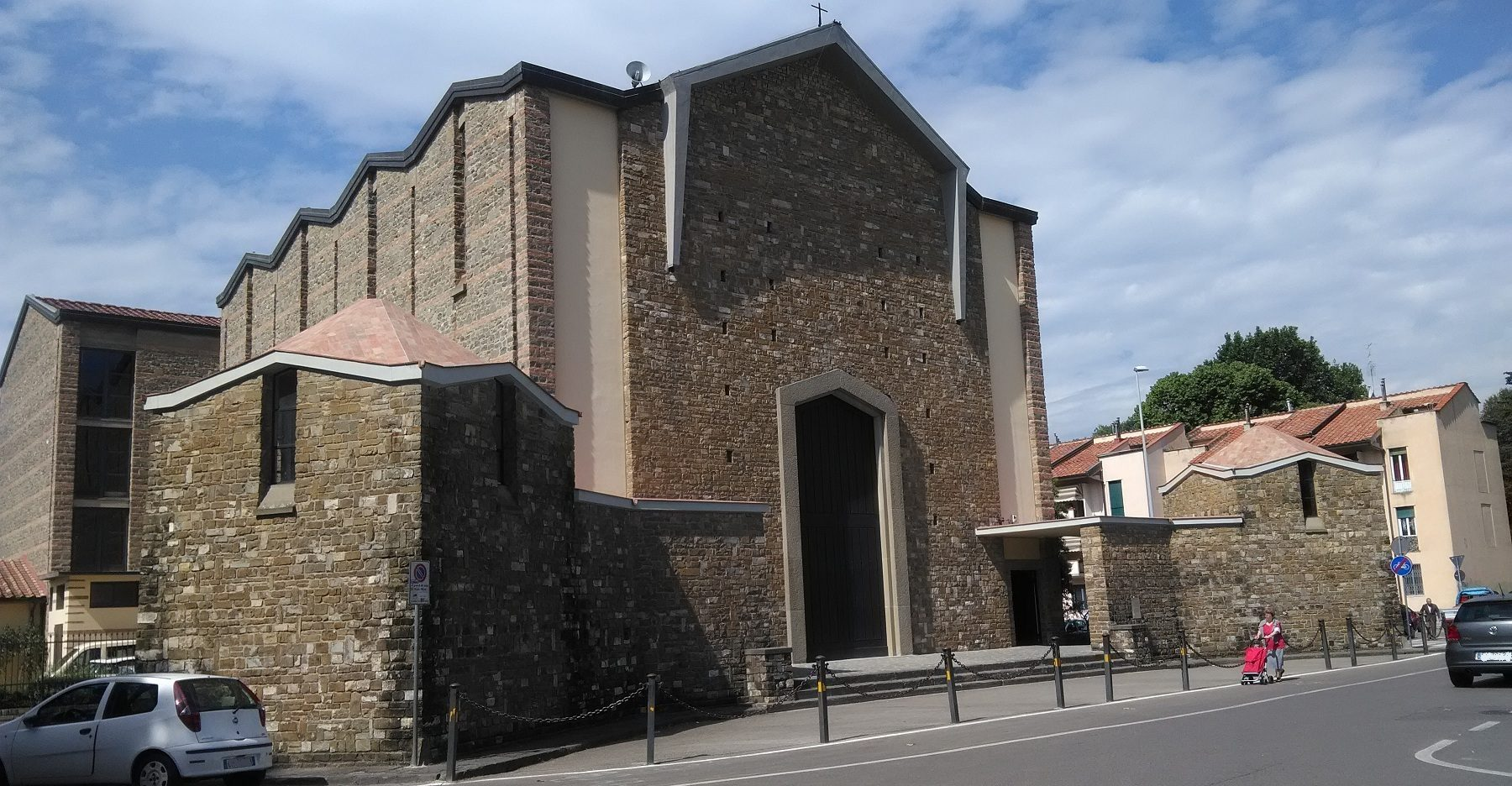 chiesa Beata Vergine Maria all'Isolotto (1)