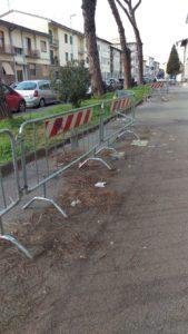 protesta via lunga parcheggi allagamenti transenne (2)