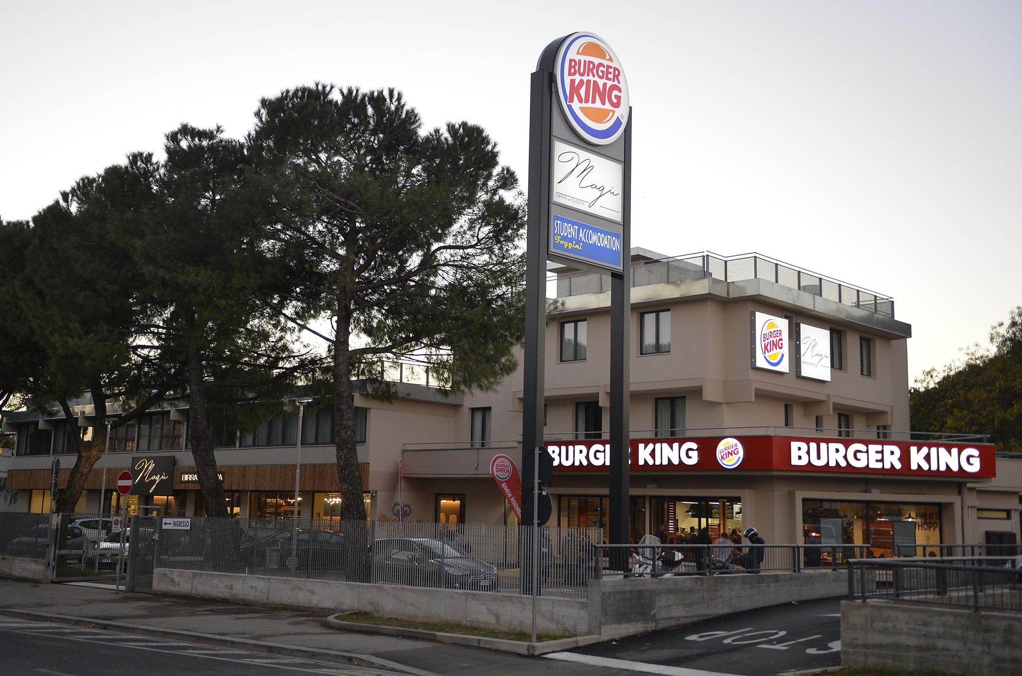 inaugurazione burger king via foggini isolotto (2)