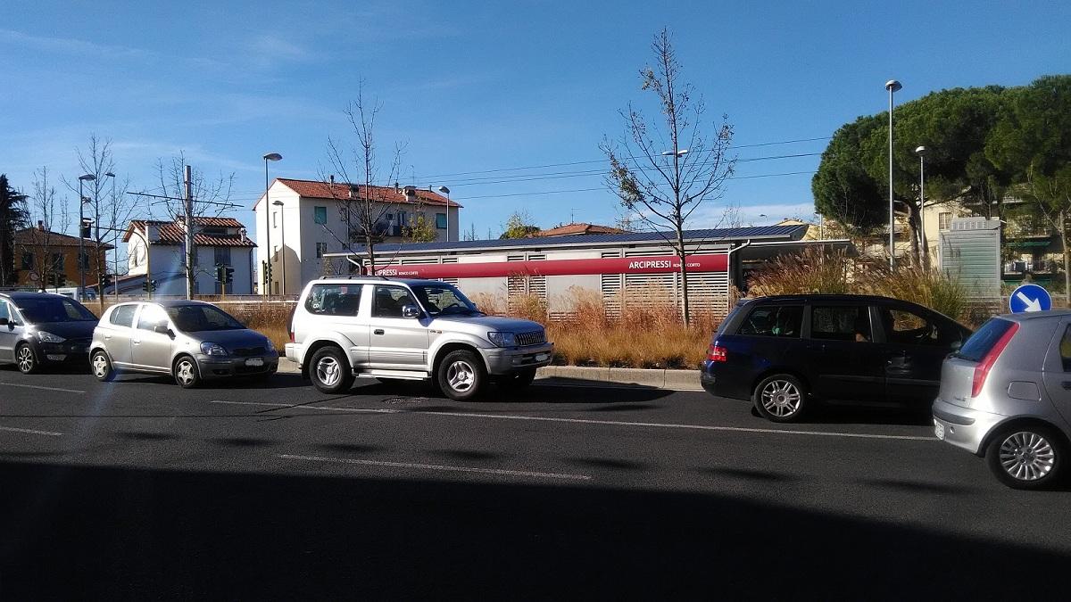 fermata tram arcipressi (2)