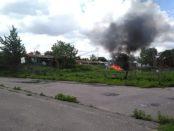 incendio campo rom poderaccio per impedire accesso stampa