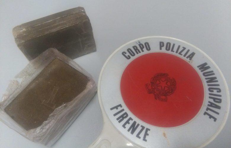 hashish piper cascine polizia municipale
