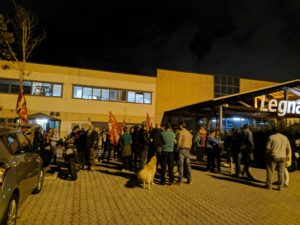 manifestzione lavoratori cooperativa di legnaia (2)