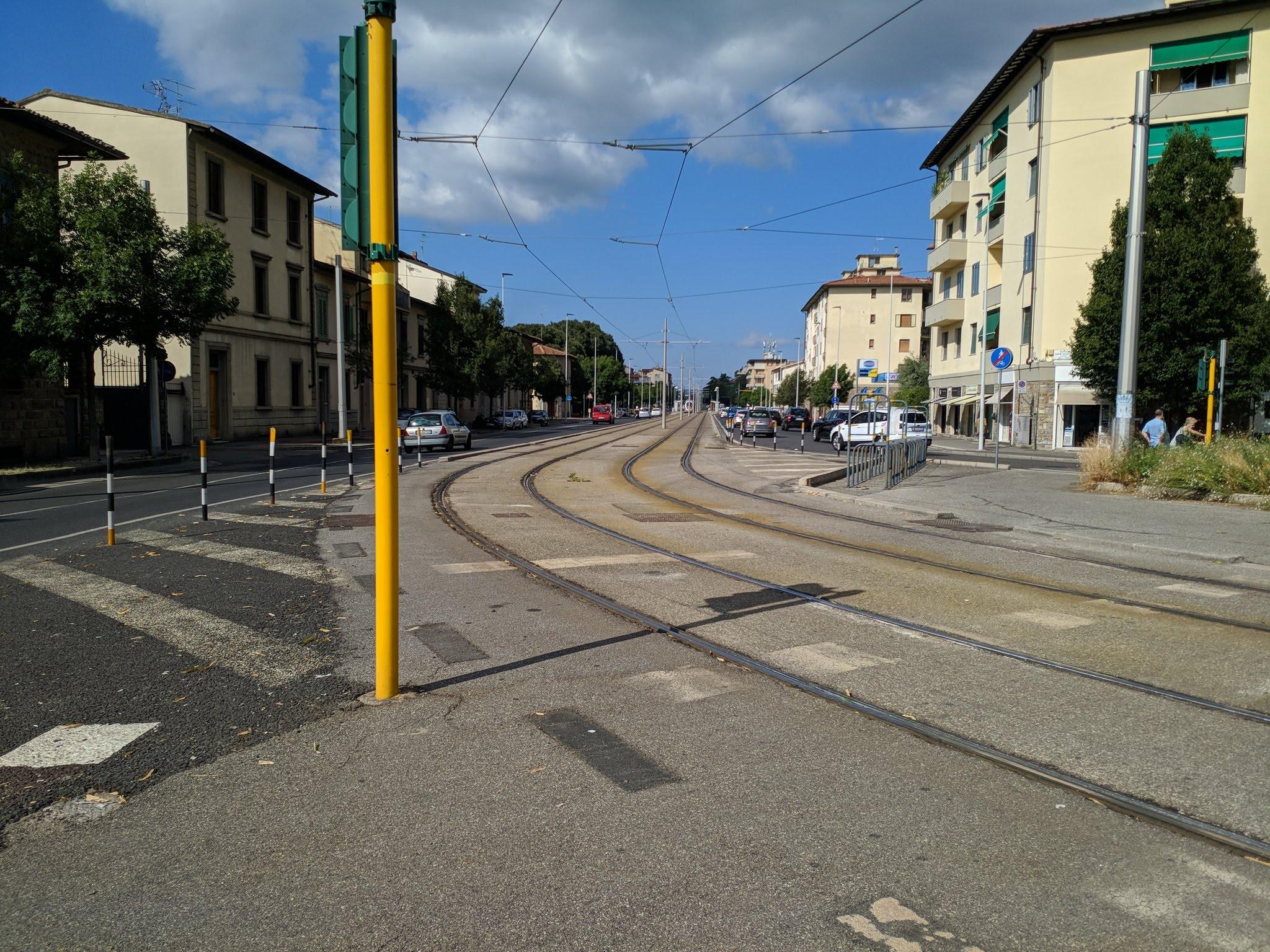 tranvia via del sansovino tram piazza paolo uccello (1)