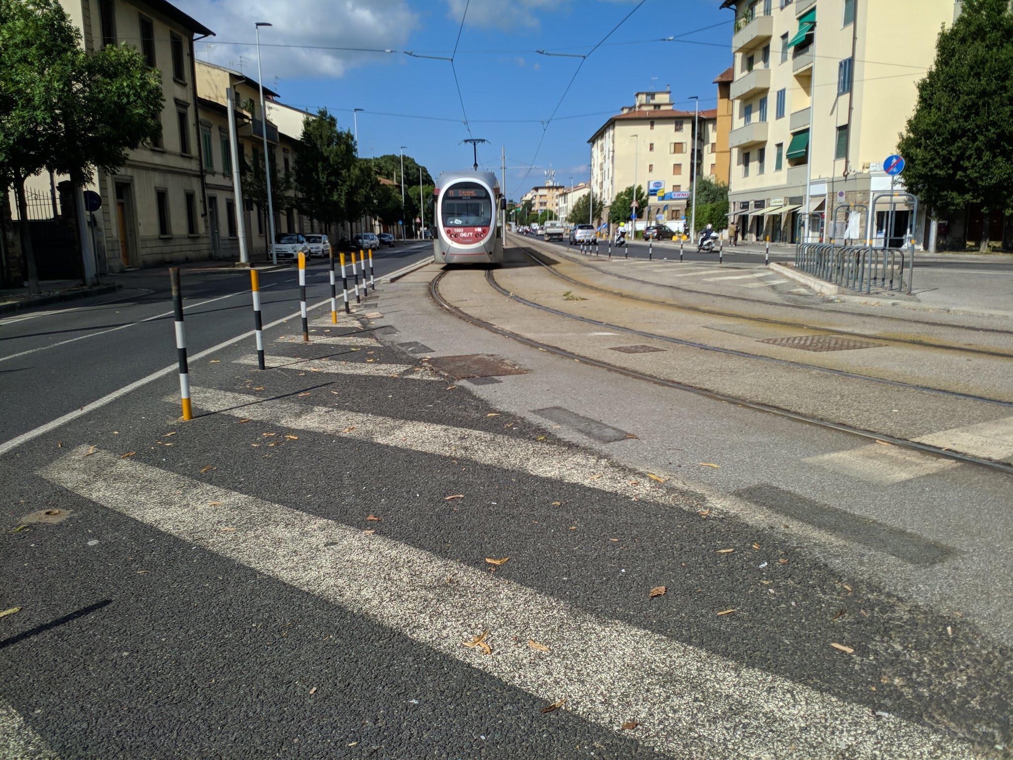 tranvia via del sansovino tram piazza paolo uccello (2)