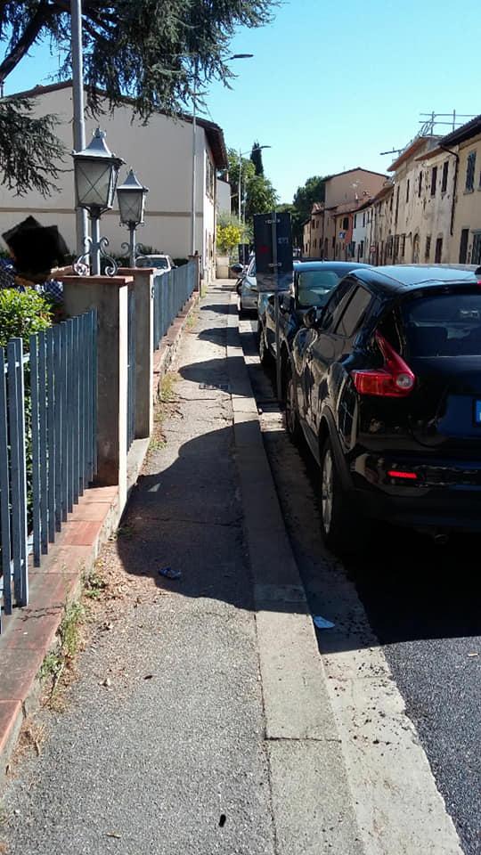 vippel marciapiede via pisana disastrato