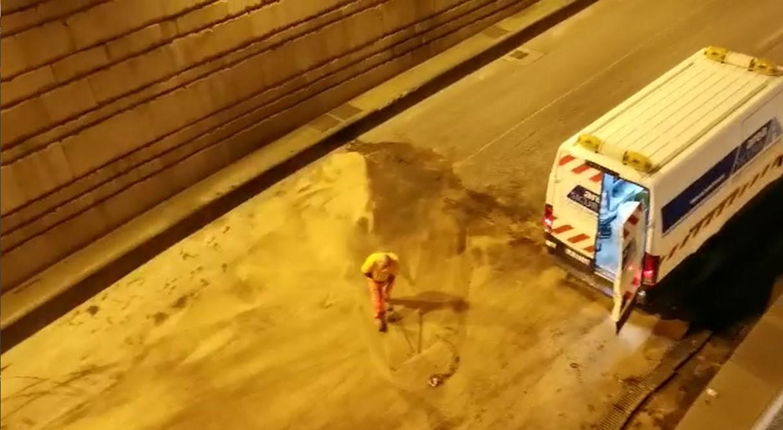 Bus perde olio ponte alla vittoria traffico in tilt 2