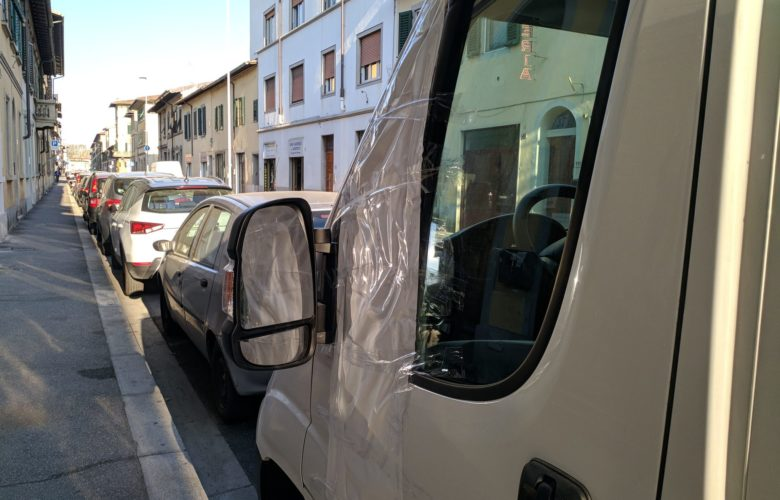 finestrini rotti via bronzino via annibal caro (7)