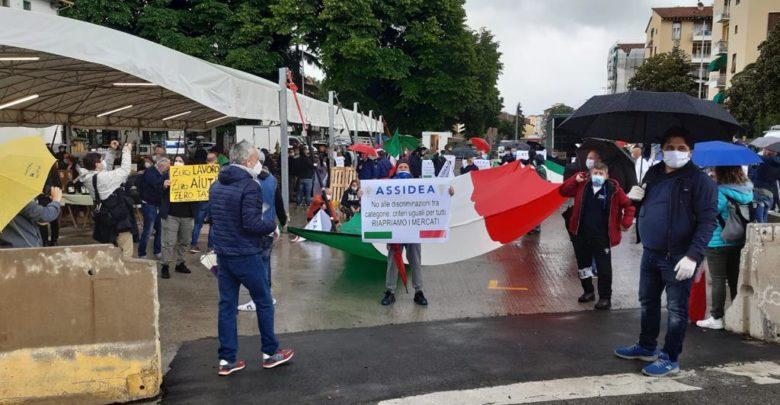 protesta ambulanti mercato isolotto coronavirus 2