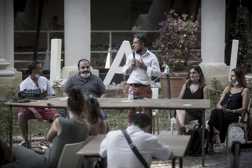 Conferenza di presentazione dell'estate fiorentina alla Limonaia di villa strozzi