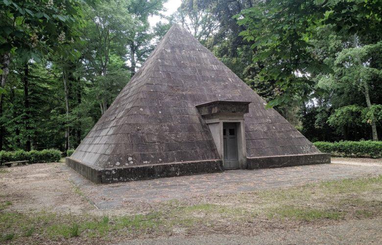 piramide cascine