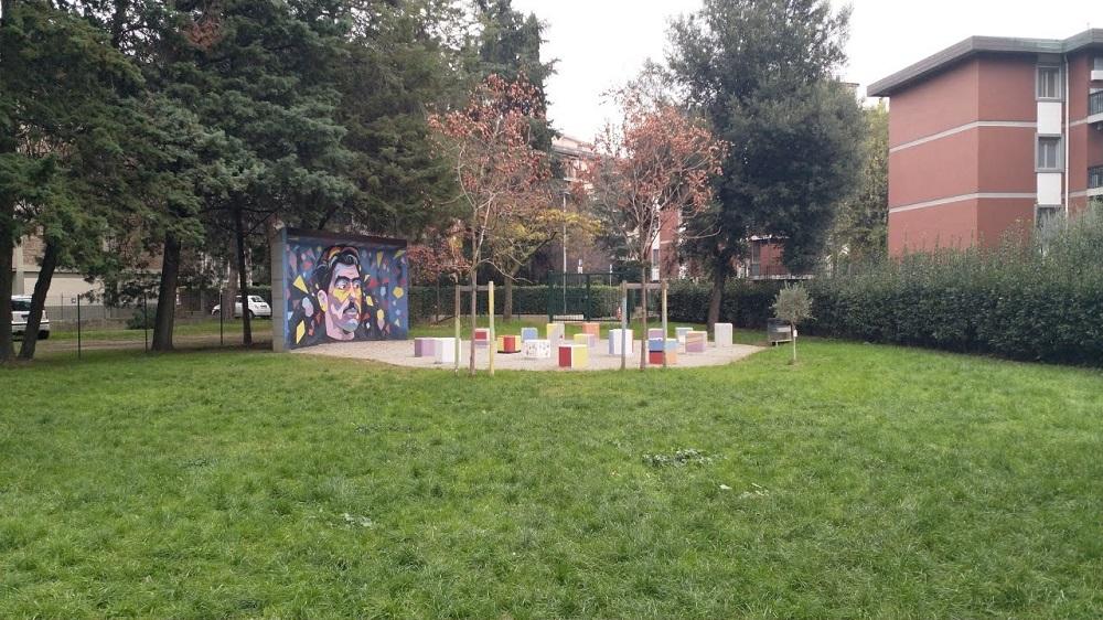 Il giardino div a Ambrogio di Baldese è dedicato alla memoria di Duccio Dini, il giovane tragicamente assassinato in via Canova. Il parco era infatti il punto di ritrovo della compagnia di Duccio.