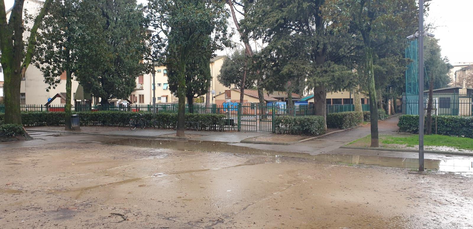 viale dei bambini alagamenti pioggia (11)