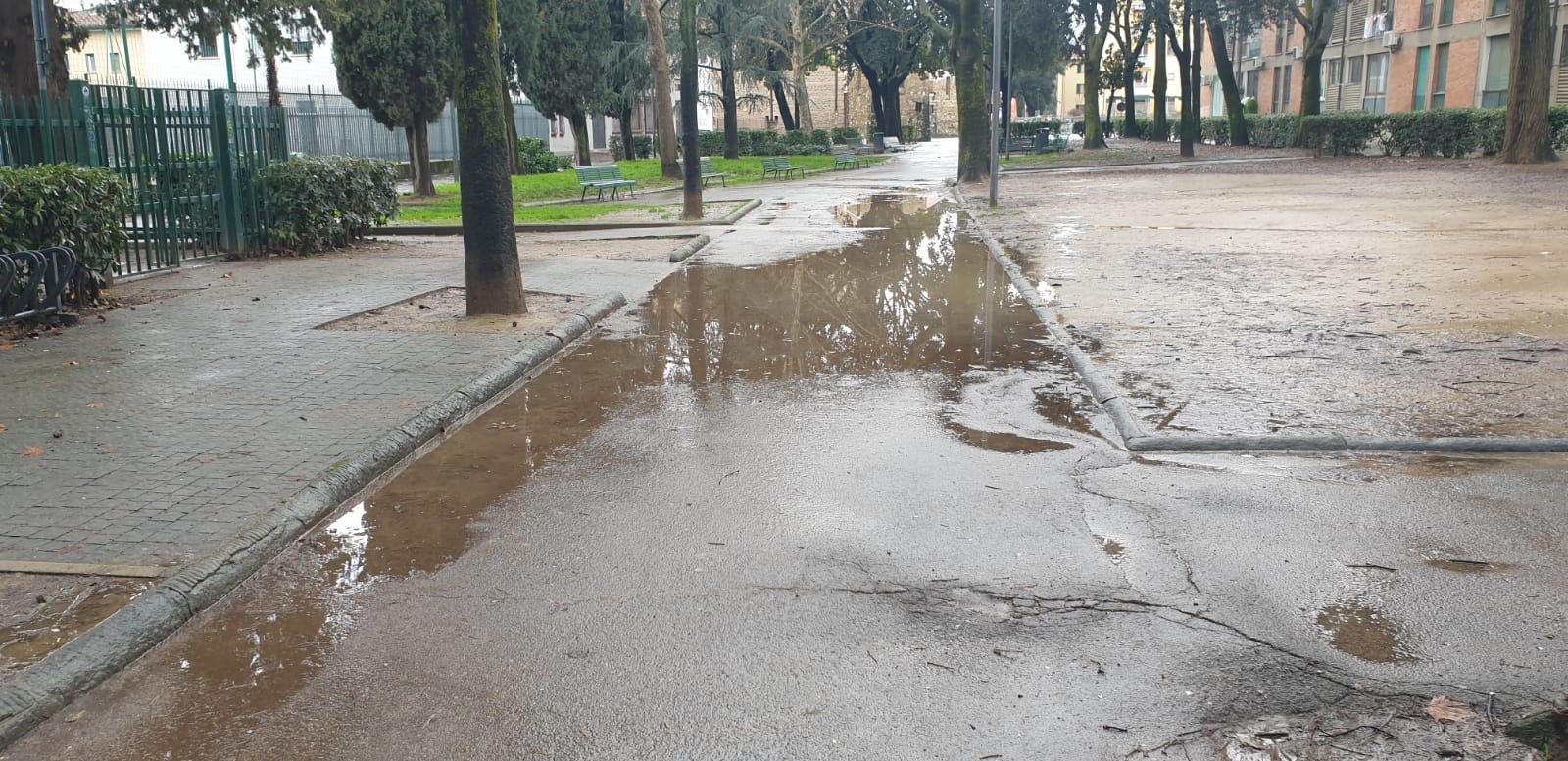 viale dei bambini alagamenti pioggia (6)