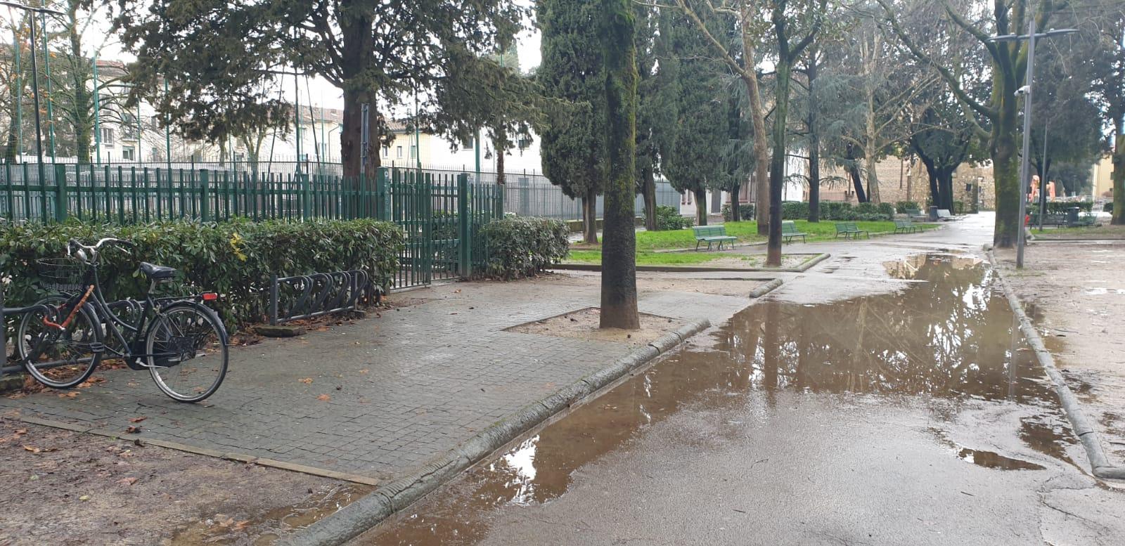viale dei bambini alagamenti pioggia (7)