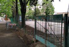 Lo spazio dove sta venendo realizzato il campino da basket a uso gratuito per ragazzi e bambini del quartiere