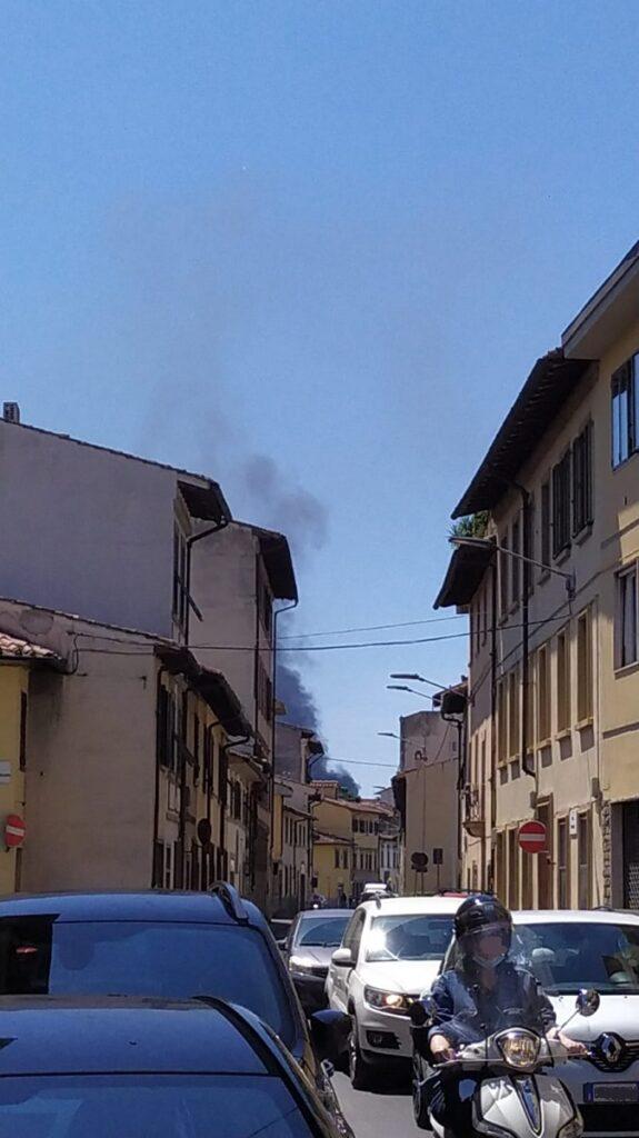 Colonna di fumo visibile da Monticelli