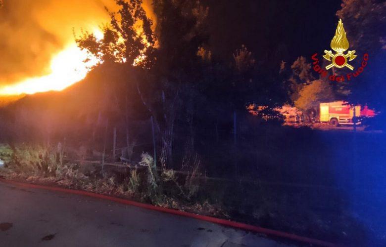 incendio via San Biagio a petriolo ponte all'indiano